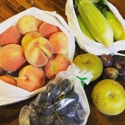 果物とトウモロコシ